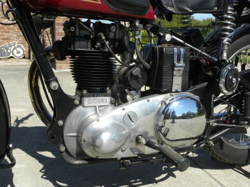 1952 Ariel 350 Red Hunter NH Engine