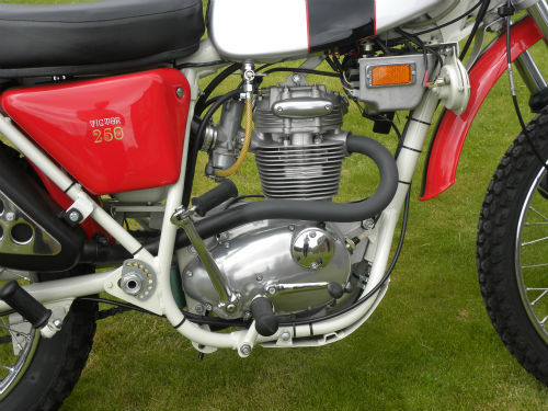 1971 BSA B25 Victor Trail Engine