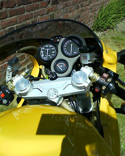 2000 Ducati 750 SS ie Handlebars Gauges