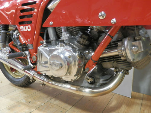1985 Ducati Mike Hailwood 900SS Replica Engine