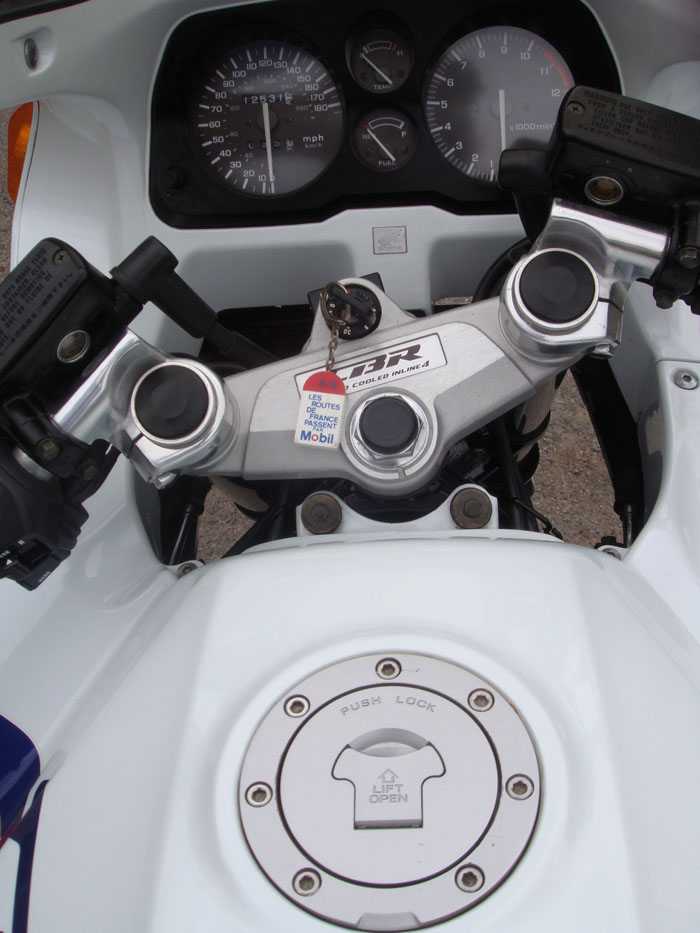 1989 honda cbr1000f gauges