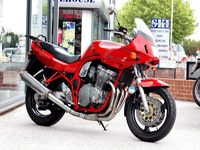 136 1998 suzuki bandit gsf 600s w sports tourer icon