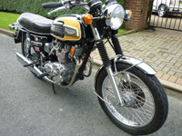 214 1974 triumph 750cc trident triple icon