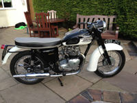 274 1960 triumph 3ta white icon