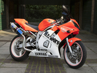 562 2000 Yamaha R6 YZF Stunning Malboro Race Colours Icon