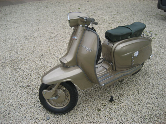 1964 lambretta chrome ring model golden special 2