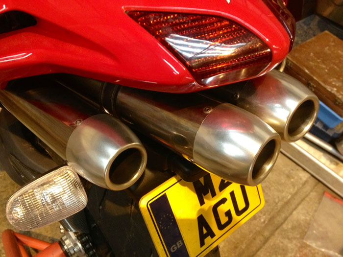 2000 MV Agusta 750F4 S Red Rear Exhausts