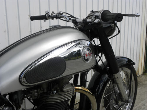 1958 norton wideline dominator 99 600cc tank