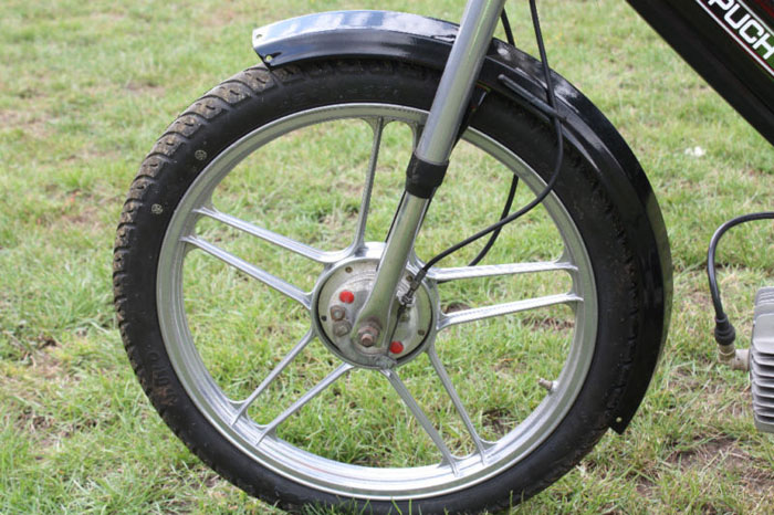 1986 puch maxi sport special silver front wheel
