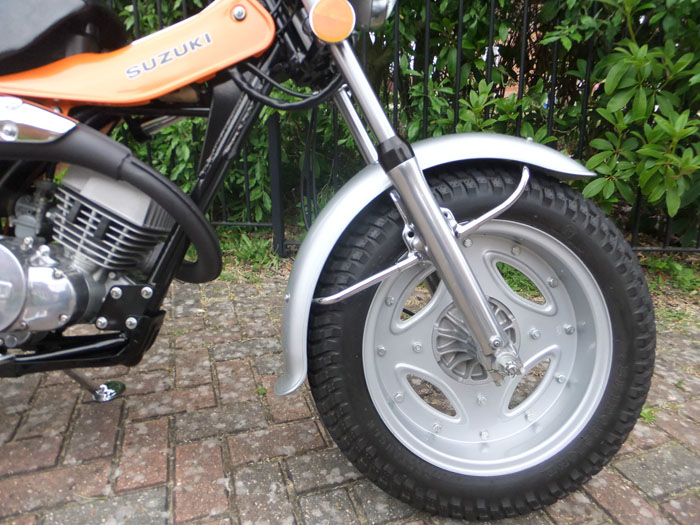 1976 Suzuki RV 125 Front Wheel