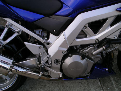 2003 suzuki sv 1000 s blue engine