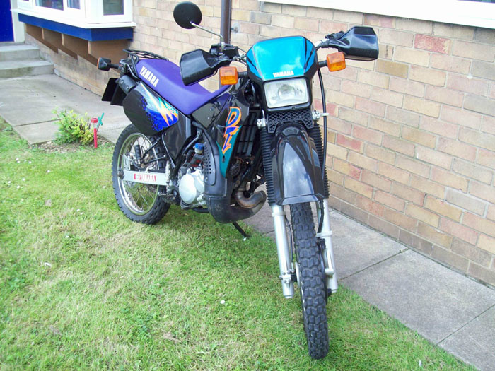 1995 Yamaha DT125R Front