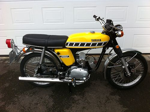 1976 Yamaha FS1-DX FS1E FS1 Fizzy Fissy Kenny Roberts Competition Yellow 2