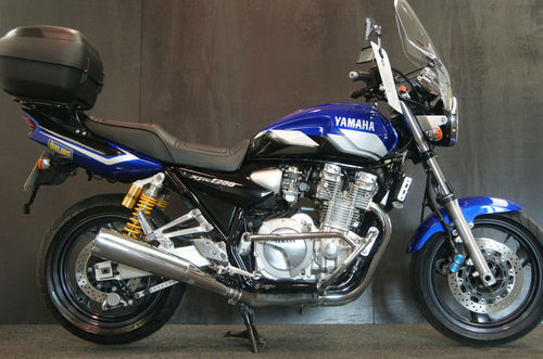 2001 Yamaha XJR 1300SP Muscle Retro 2