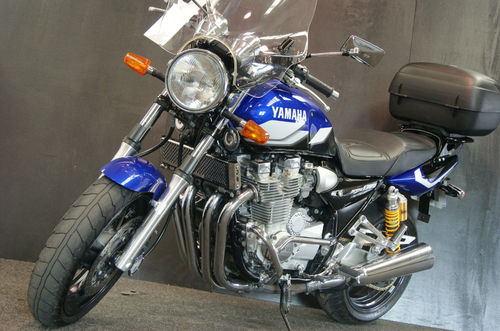 2001 Yamaha XJR 1300SP Muscle Retro 3