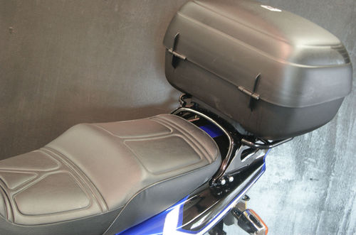 2001 Yamaha XJR 1300SP Muscle Retro Seat