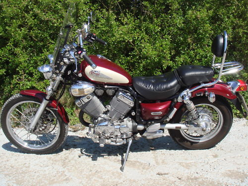 Featured Bikes - Yamaha - XV535 - 1998 Yamaha Virago 535 Metallic Maroon (ref 98)