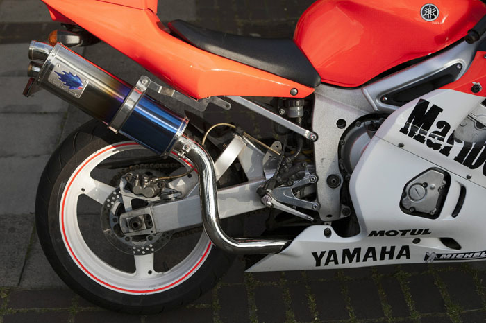 2000 Yamaha R6 YZF Stunning Malboro Race Colours Rear Wheel Exhaust